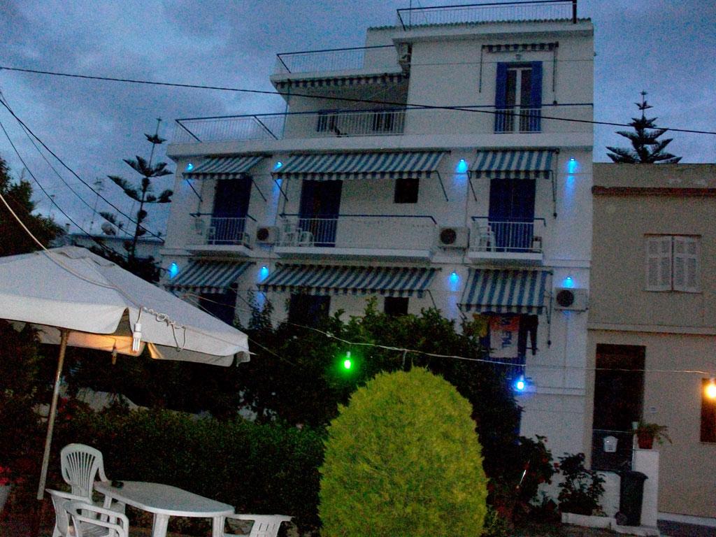 ΑΙΓΙΝΑ: HOTEL MARMARINOS