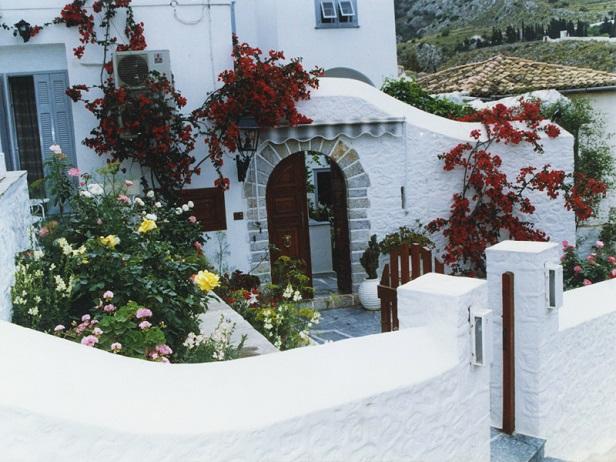 ΥΔΡΑ: THEASSIS GUEST HOUSE