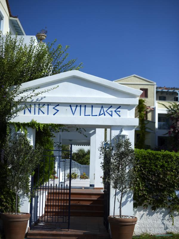 Πέρλια Πόρου: Nikis Village