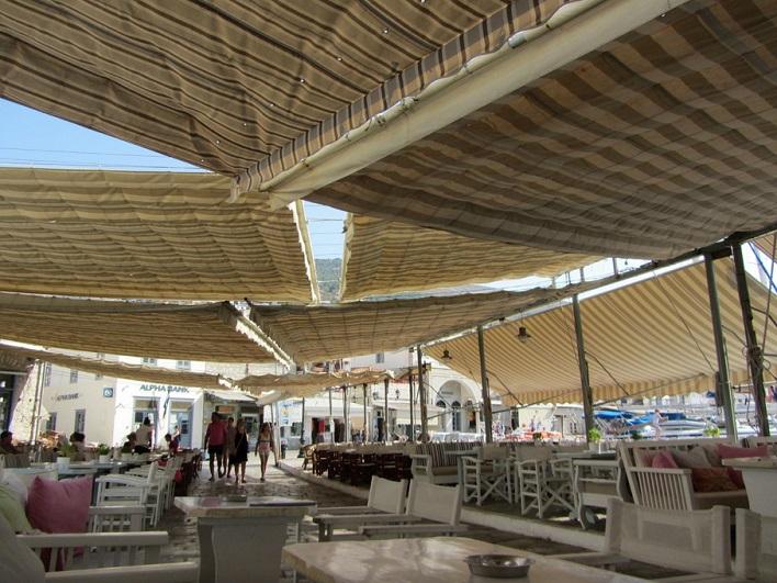 ΥΔΡΑ: ISALOS CAFE