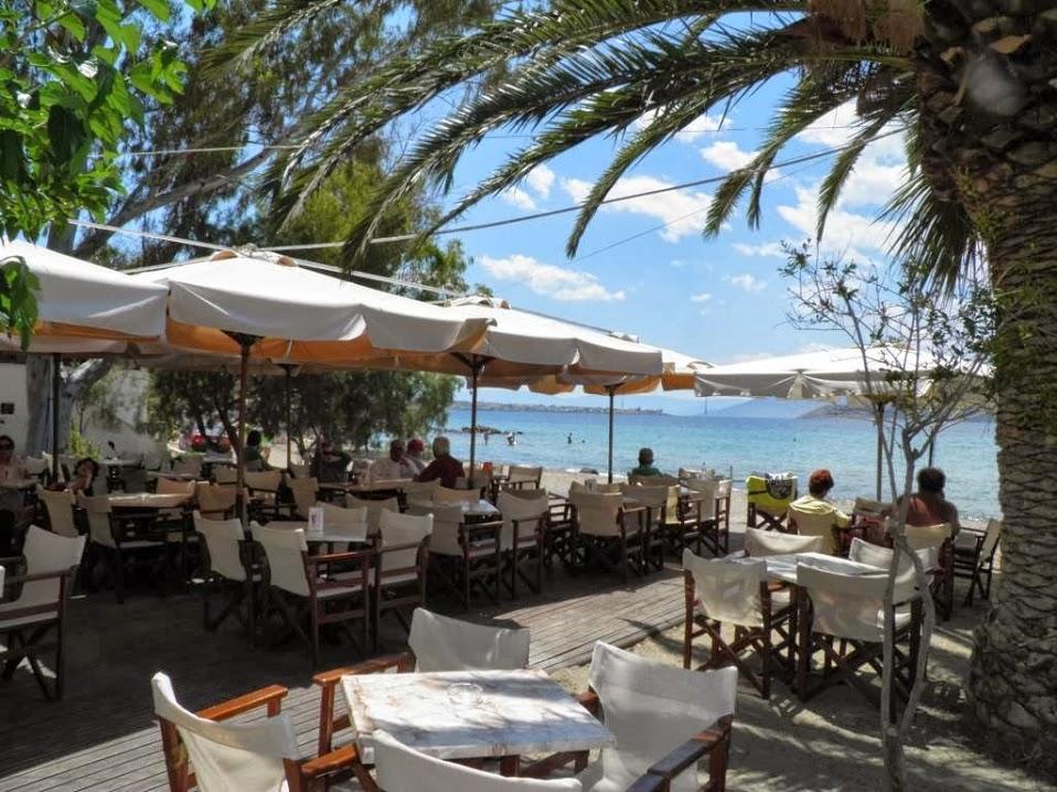 ΑΙΓΙΝΑ: Cafe Ακρογιαλιά