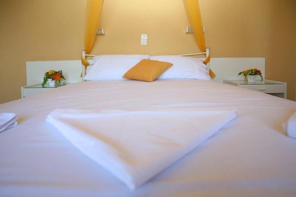 ΑΙΓΙΝΑ: HOTEL LIBERTY I