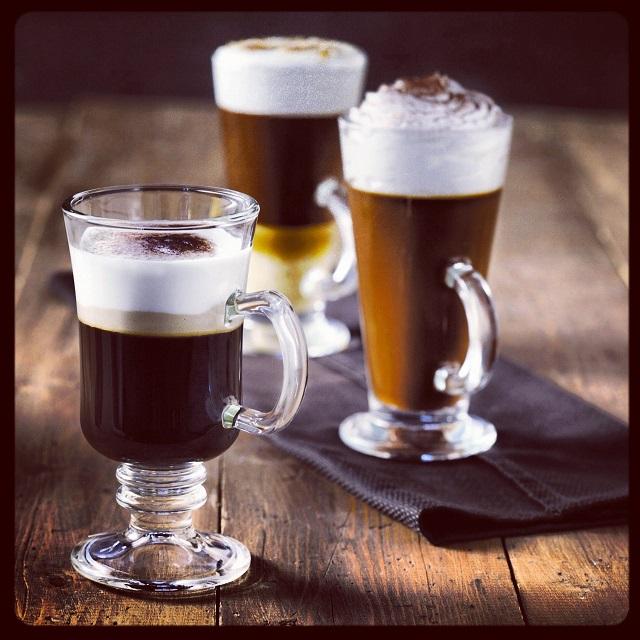ΥΔΡΑ: CIAO CAFE