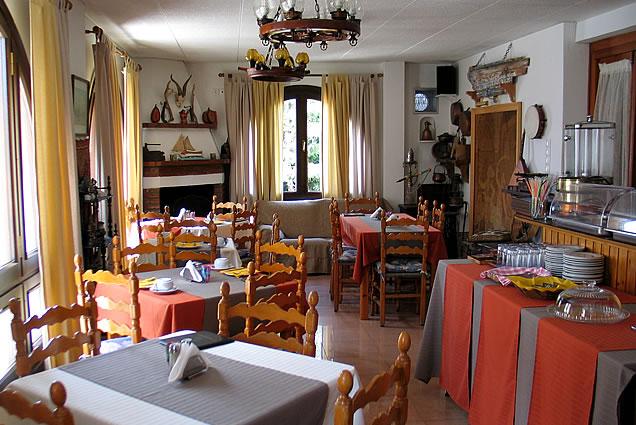 ΑΙΓΙΝΑ: HOTEL HIPPOCAMBUS